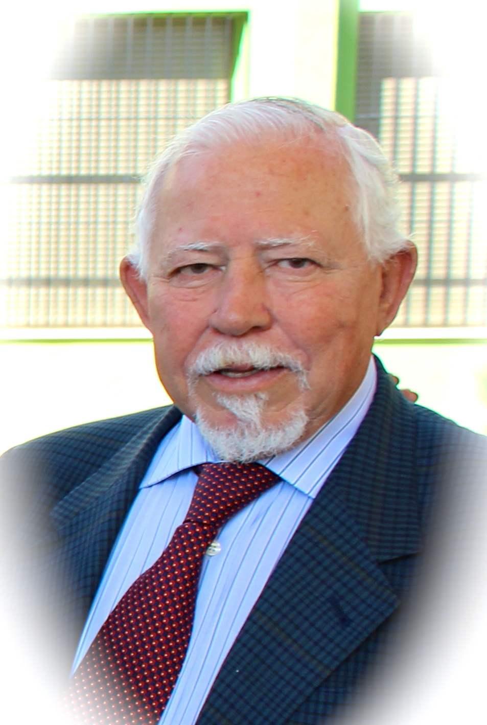 En Memoria del Dr Navarro González