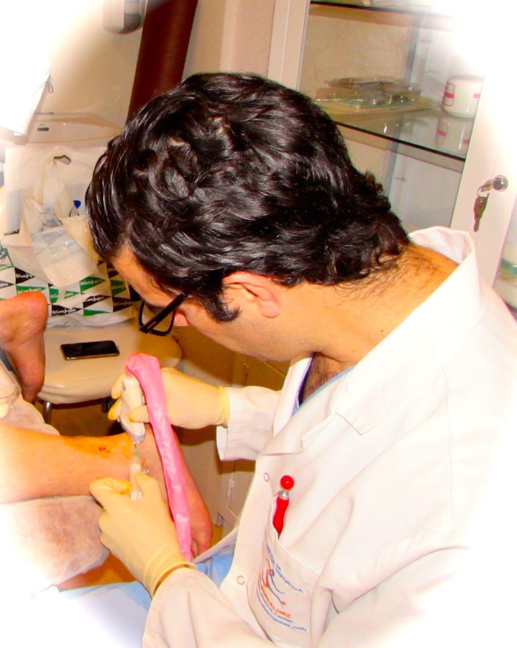 Curación de tendinitis de Aquiles (Deformación de Haglund) mediante infiltraciones