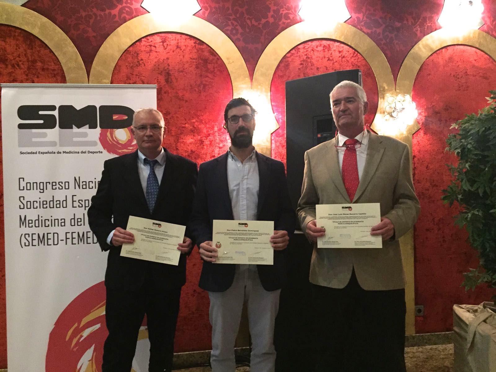 El Dr Bernáldez primer Traumatólogo Español en obtener el título de Experto Nacional en Ecografía Musculoesquelética