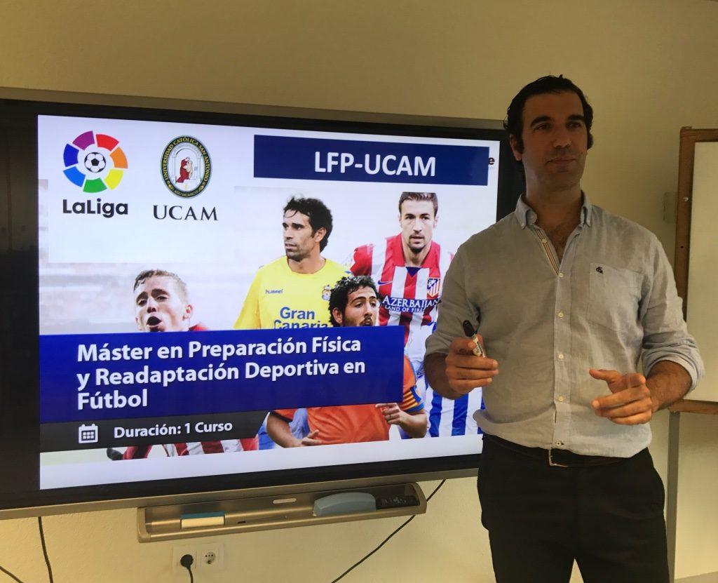 El Dr.Bernáldez, Profesor del Máster Preparación Física y Readaptación Deportiva en Fútbol