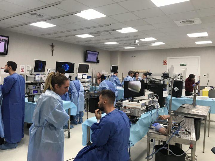 El Dr Bernaldez participa como profesor dentro del Plan Nacional de Formación en Artroscopia de Muñeca y Codo