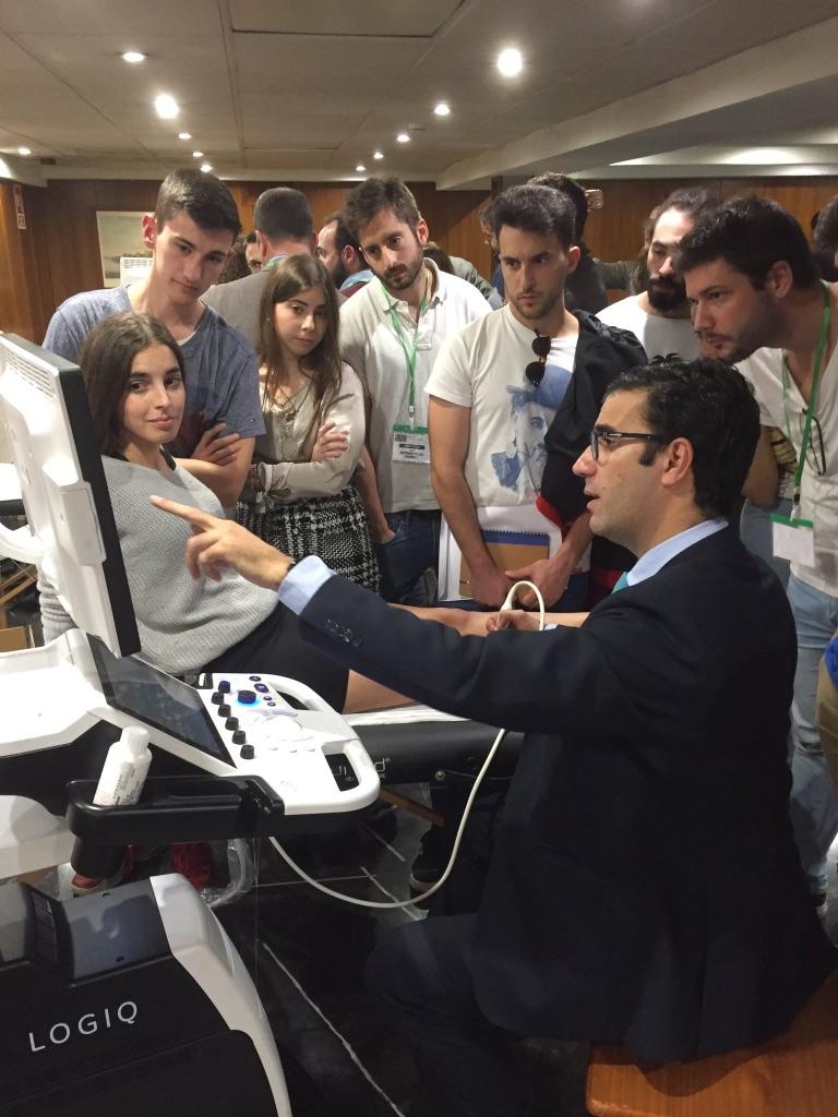 El Dr. Pedro Bernáldez , participa como coautor de la obra Guía práctica de ecografía músculo-esquelética