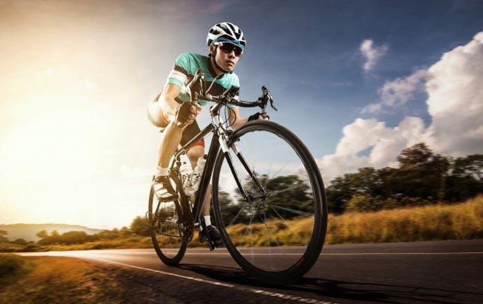 Las lesiones más frecuentes en el ciclismo y cómo las tratamos en SportMe